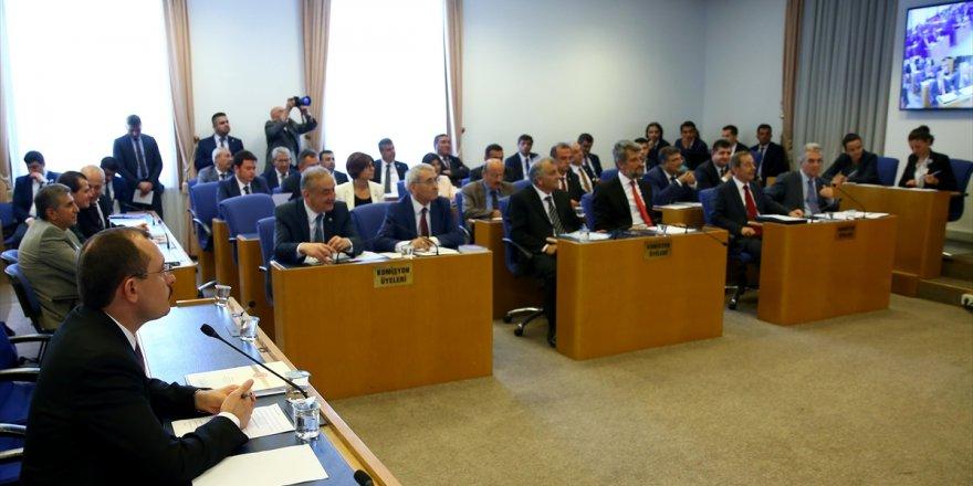 Bedelli Düzenlemesinin De Bulunduğu 'Torba Teklif' Komisyonda