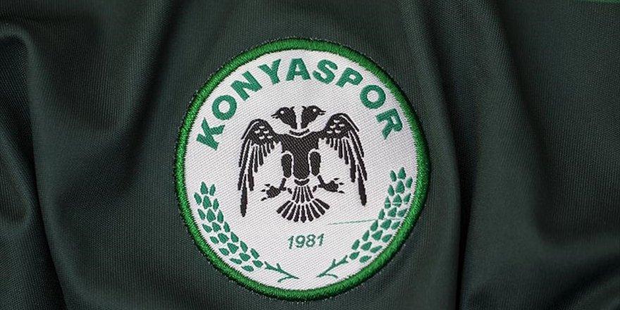 Konyasporlu futbolcular aşure dağıtacak