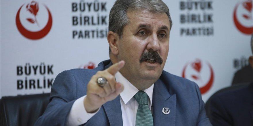 Bbp Genel Başkanı Destici: Türkiye'nin Oradan Çekilmesi Söz Konusu Edilmemeli