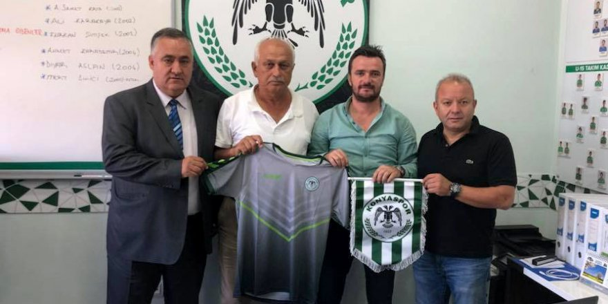 Konyaspor Futbol Okulları, Mersin'de