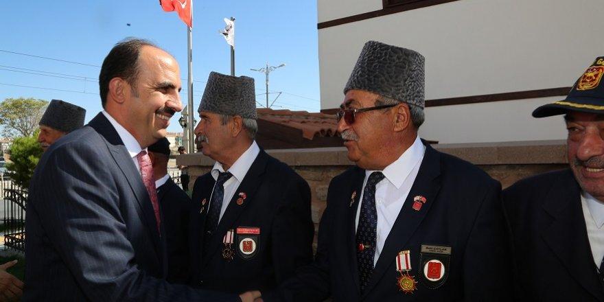 """Başkan Altay: """"Bayrağımız gazilerimiz sayesinde gururla dalgalanıyor"""""""