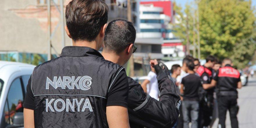 Konya'da Okul Çevrelerinde Uyuşturucu Denetimi
