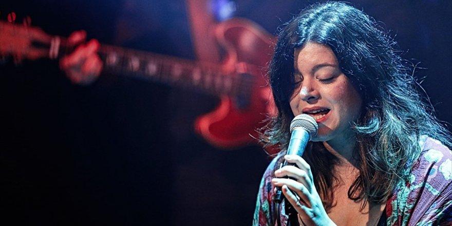 'La Casa De Papel'in Sesi Cecilia Krull İlk Kez İstanbul'da