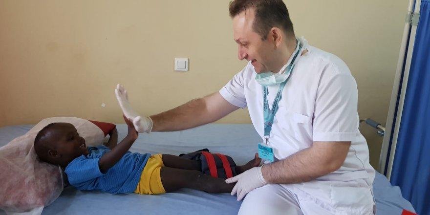 Türkiye'nin Şifa Eli 3 Kıtada 23 Bin Hastaya Uzandı
