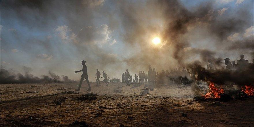 İsrail Askerleri Gazze Sınırında 5 Filistinliyi Yaraladı