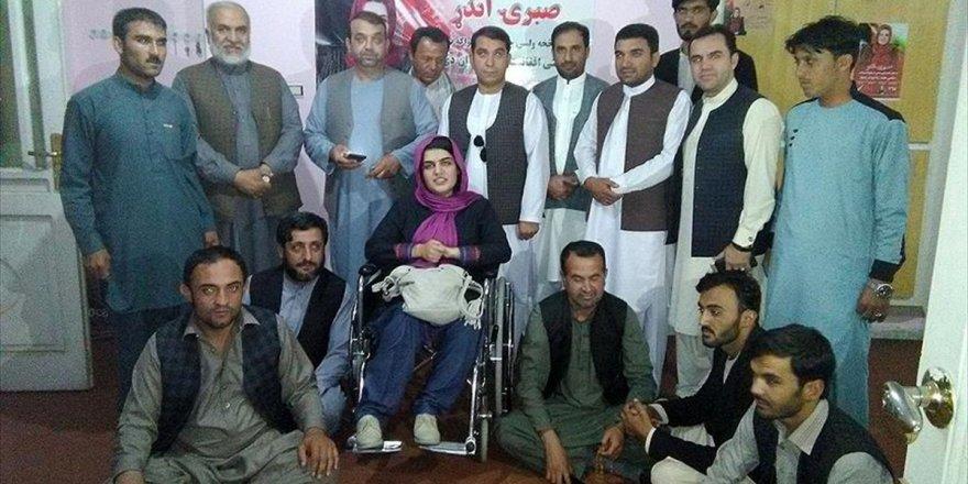 Afganistan'ın İlk Engelli Kadın Milletvekili Adayı: Ender