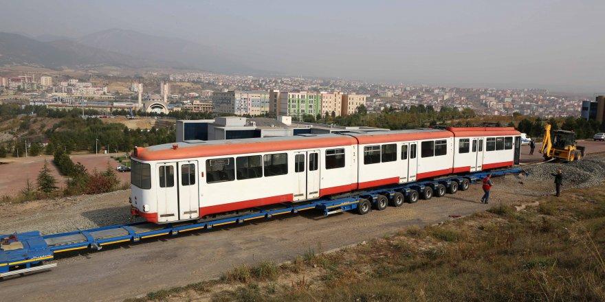 Emektar Tramvay öğrencilere katkı sağlayacak