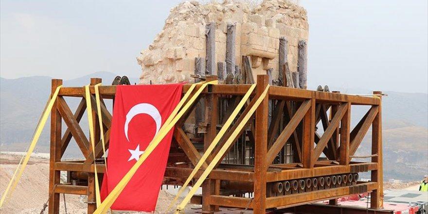 Hasankeyf Kalesi Orta Kapısı Yeni Yerinde