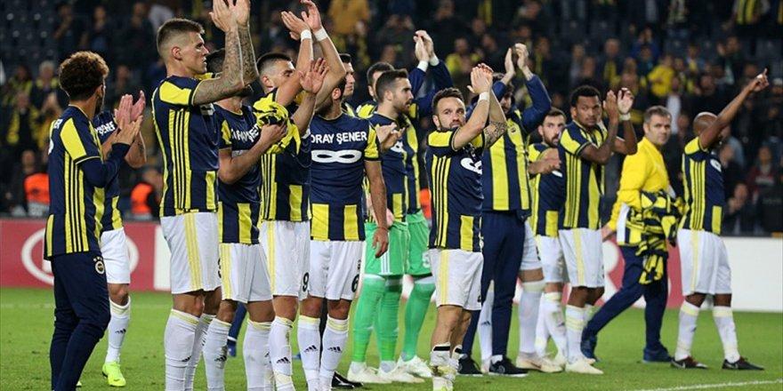 Fenerbahçe Avantaj Yakaladı