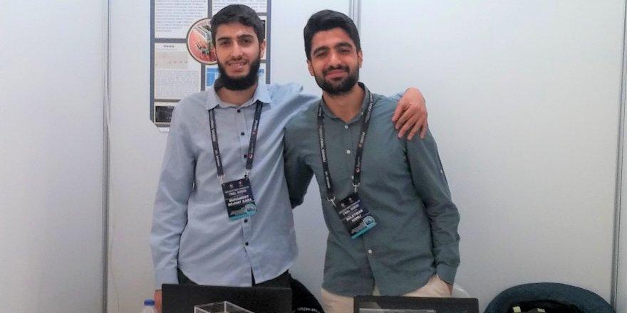 NEÜ öğrencileri TÜBİTAK yarışmasında birinci oldu