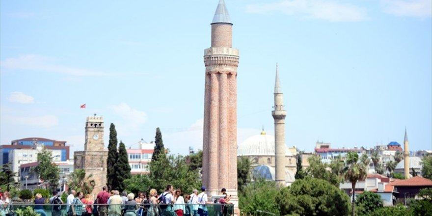 Tursad Genel Başkanı Şahin: Turist Sayısının 40 Milyonu Aşması Öngörülüyor