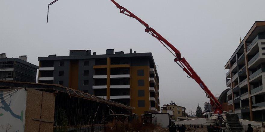 Konya'da Bina İnşaatında Kalıp Çöktü: 2 Yaralı