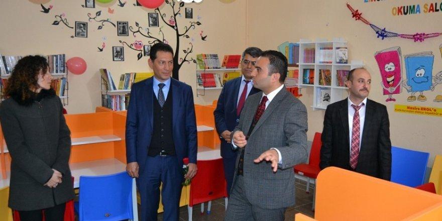 Kulu'ya İstanbullu hayırseverlerden okuma salonu