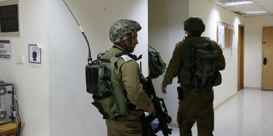 İsrail Güçlerinden Filistin Resmi Haber Ajansı Wafa'ya Baskın