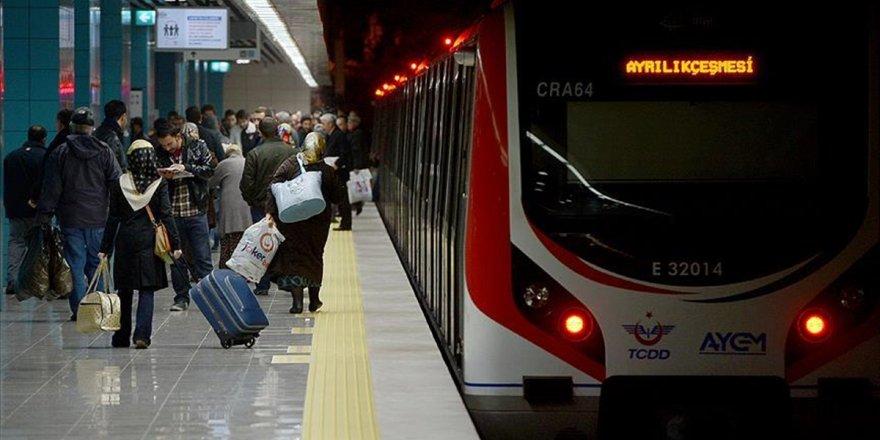 Marmaray Tren Seferlerine Geçici Süreyle Ara Verildi