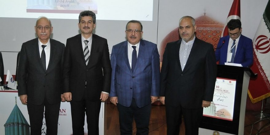 Selçuk'ta, 10. Türkiye İran Tarihi ve Kültürel İlişkileri sempozyumu