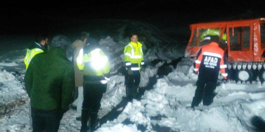 Kar Ve Tipi Nedeniyle Mahsur Kalan İki İşçi Kurtarıldı
