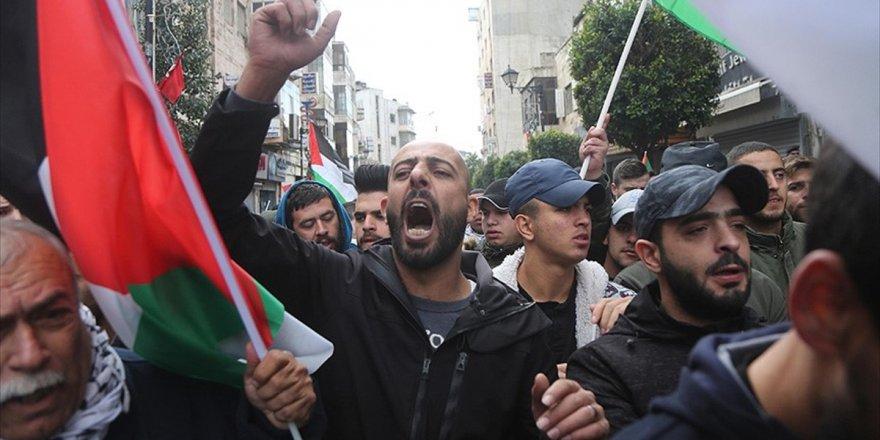 İşgal Altındaki Batı Şeria Ve Doğu Kudüs'te Tansiyon Yükseliyor