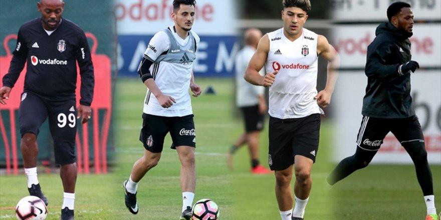 Beşiktaş'ın Santrforlarının İstikrarı Yok