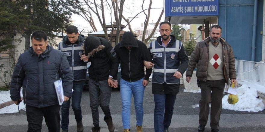 Konya'da Asansör Ekipmanı Çalan 2 Zanlı Tutuklandı