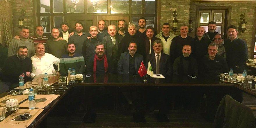MASTERLER'DE BAHRİ KARAPINAR GÜVEN TAZELEDİ