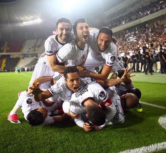 Beşiktaş, İkinci Yarıyı Akhisar'da Açıyor
