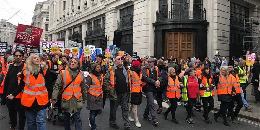 'İngiltere'nin 'Sarı Yelekliler' Korkusu'