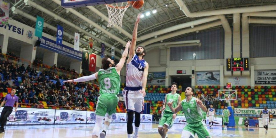 Selçuklu Basket deplasmanda mağlup: 95-93