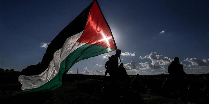 Hamas: Abd'nin Filistin'e Yardımları Durdurma Kararı Ucuz Bir Siyasi Şantaj