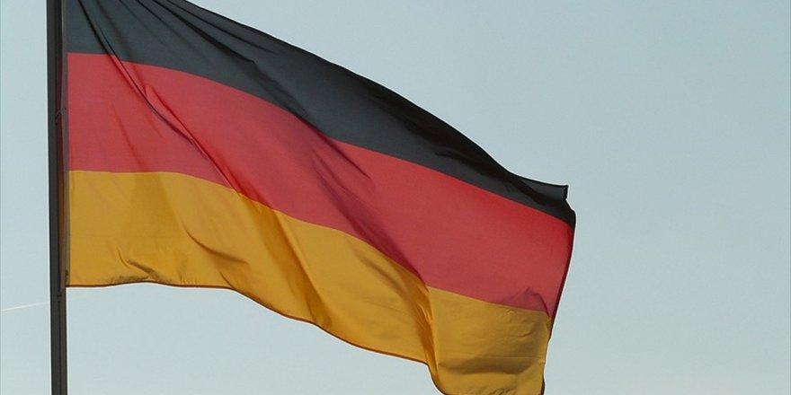 'Alman Silah Üreticisi Hükümeti Dava Açmakla Tehdit Etti' İddiası