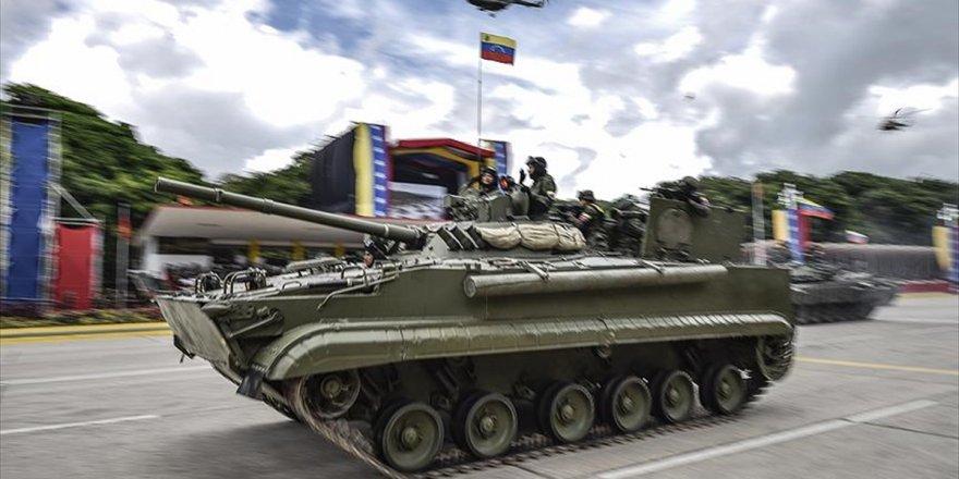 Venezuela'da Ayaklanma Çağrısı Yapan 27 Asker Tutuklandı