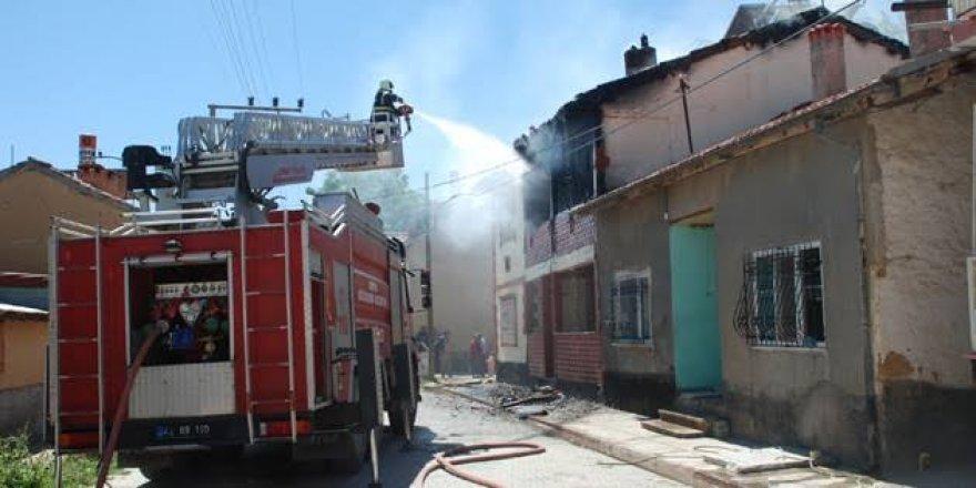 Ilgın'da Ev Yangını