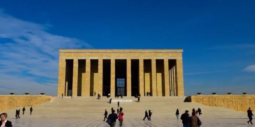"""""""Emeklilikte Yaşa Takılanlar""""dan Anıtkabir'e Ziyaret"""