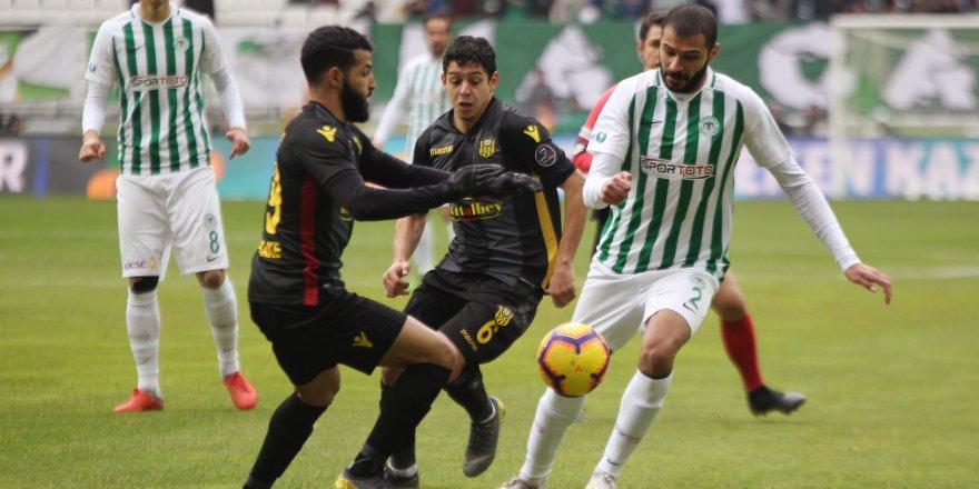Spor Toto Süper Lig: Atiker Konyaspor: 0 - E. Yeni Malatyaspor: 0 (İlk Yarı)