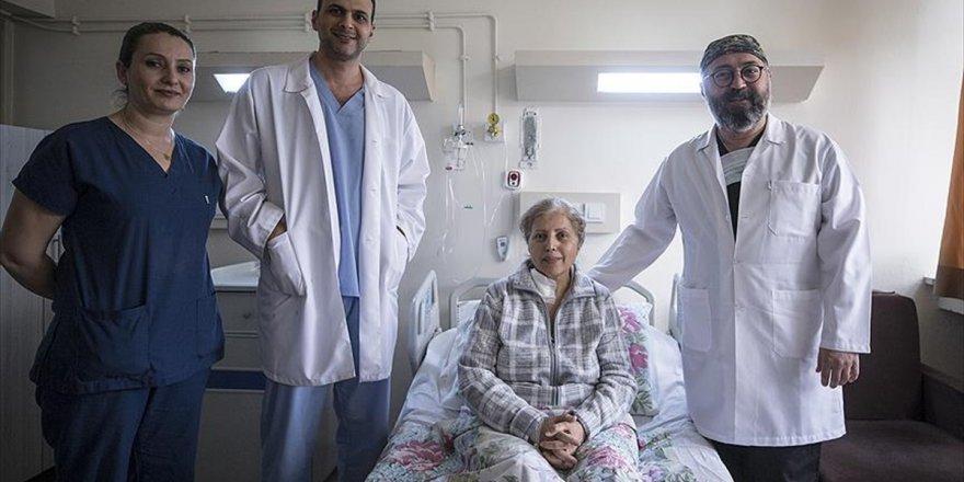 Aort Anevrizması Ameliyatına Türk İmzası