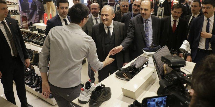 Bakan Turhan Konya'da esnaf ziyareti gerçekleştirdi