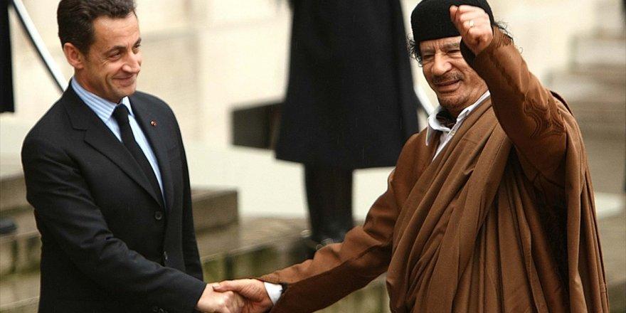 Kaddafi'nin İstihbarat Şefi Sennusi: Sarkozy, Kaddafi'den 8 Milyon Dolar Aldı