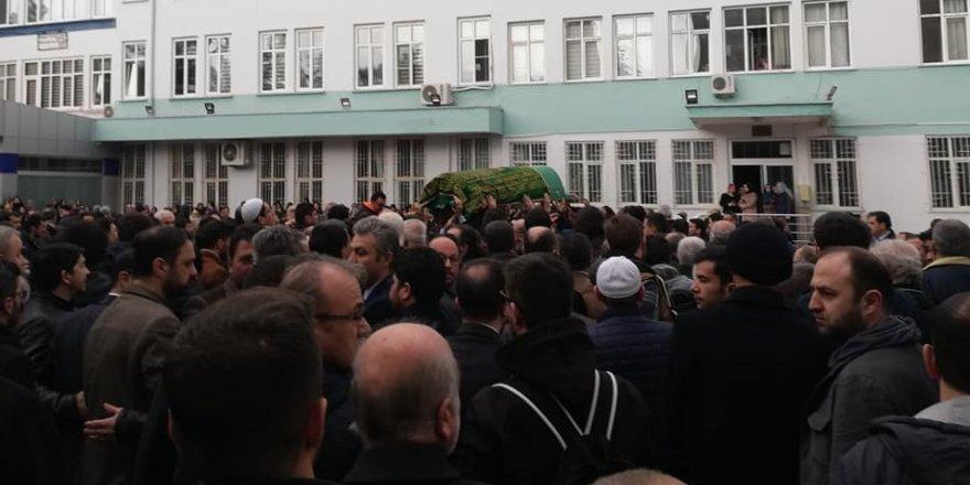 Prof. Dr. Ahmet Önkal'ı binler uğurladı