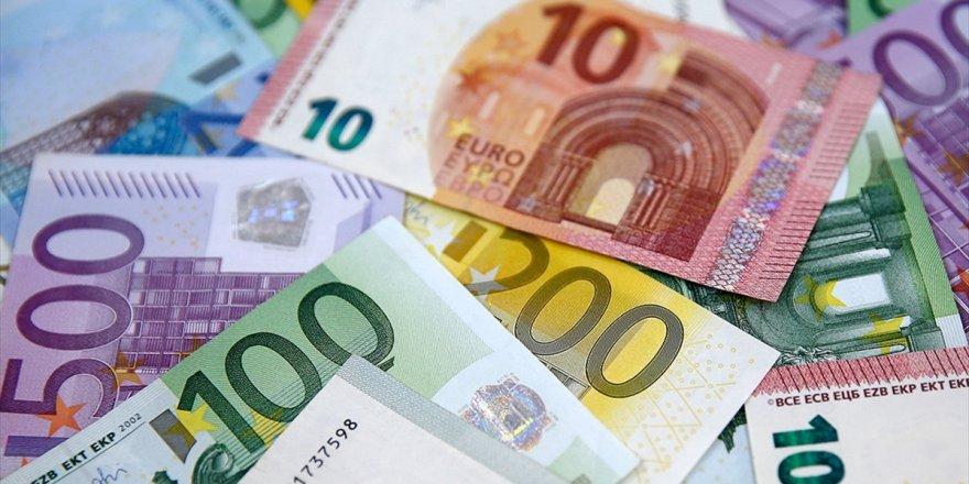 Uefa'dan Türk Kulüplerine 70 Milyon Avroluk Para Ödülü