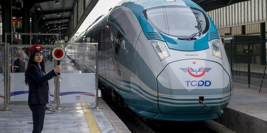 Yüksek Hızlı Tren sefer saatleri değişti