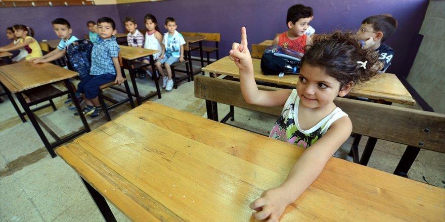 İlkokula Başlama Yaşı 69 Aya Çıkarılıyor