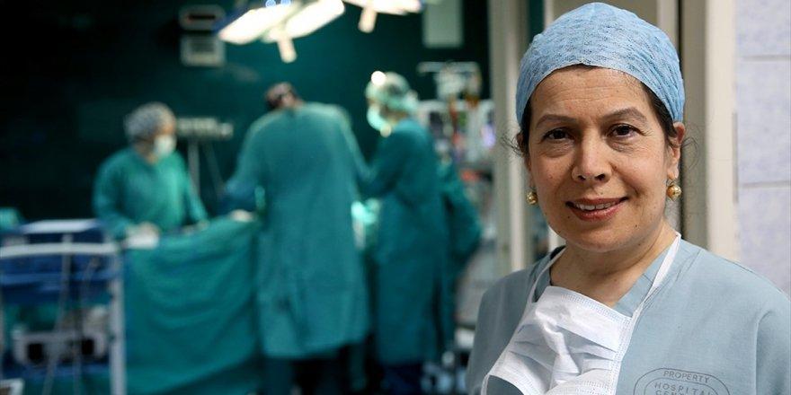 'İlklerin Kadın Cerrahı' Rol Modelleri