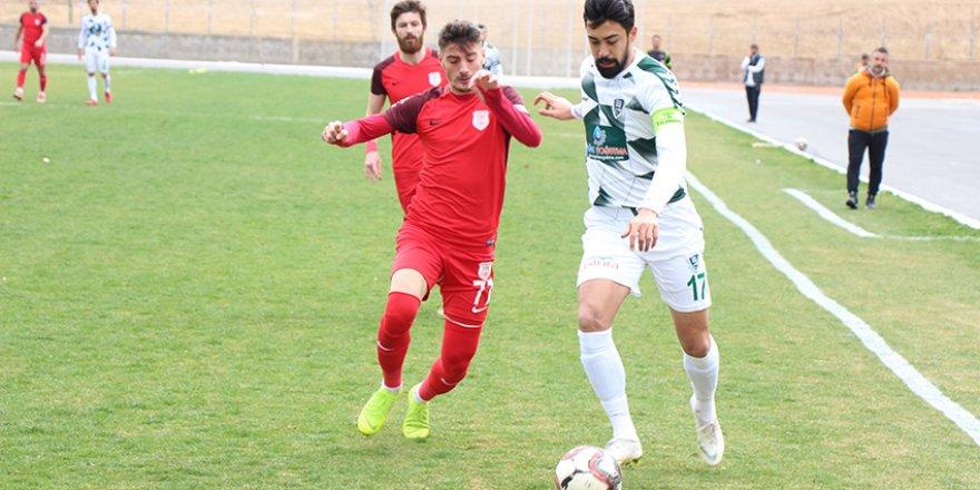 Konya Anadolu Selçukspor'da  çöküş sürüyor 1-3