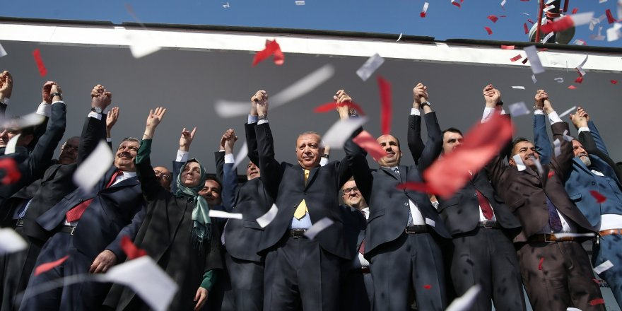 """Cumhurbaşkanı Erdoğan, """"Ders verilecek dönem değil"""""""