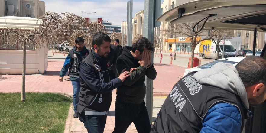 Suriyeli uyuşturucu tacirleri polisten kaçamadı
