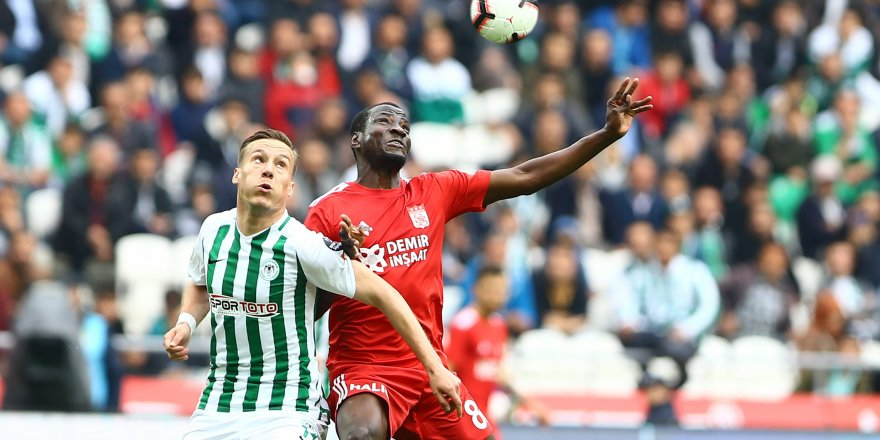 Konyaspor'un galibiyet hasreti sürüyor: 1-1