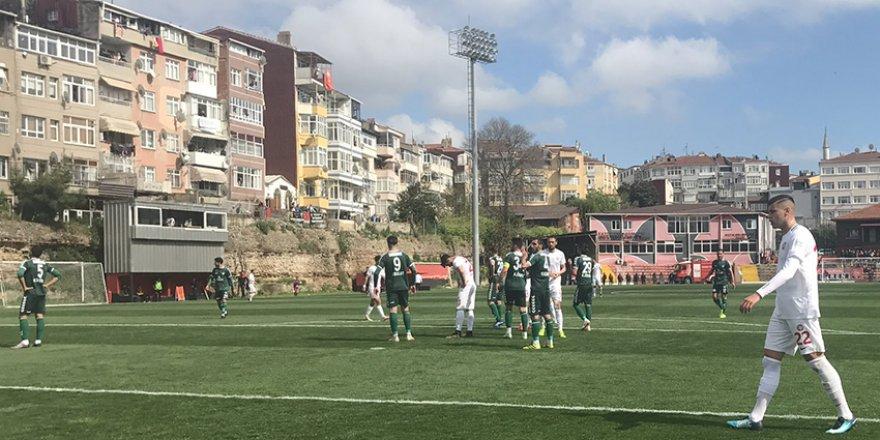Anadolu Selçukspor fırsat tepti