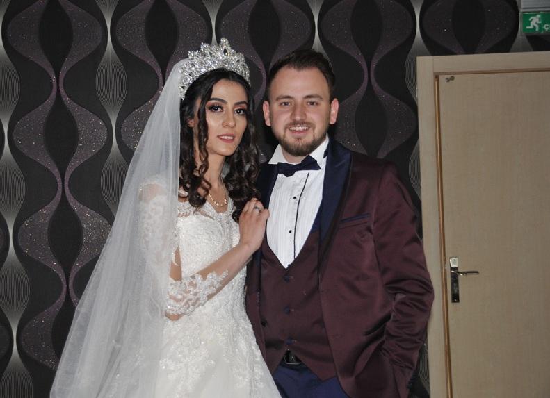 Ayşe ve Abdi Taha dünya evine girdi