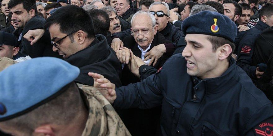 Chp, Kılıçdaroğlu'na Yönelik Saldırı İçin Mecliste Araştırma İstedi