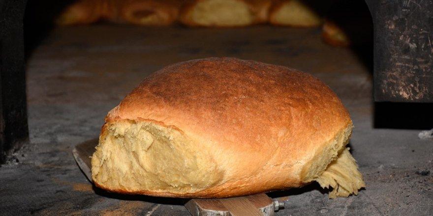 Taş Fırından Çıkan Asırlık Lezzet: Araköy Harç Ekmeği